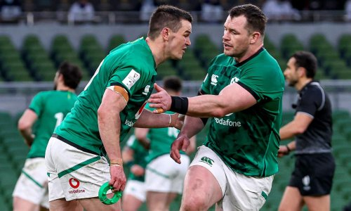Sexton masterminds dominant win for Ireland against lacklustre England