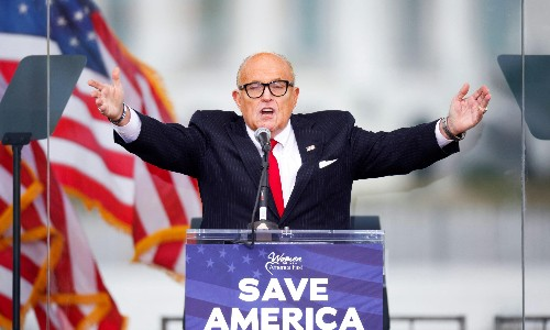 Rudy Giuliani: lawyers call for Trump's personal attorney to lose law licence