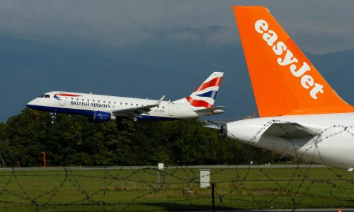 Airlines must reduce emissions instead of offsetting, say experts