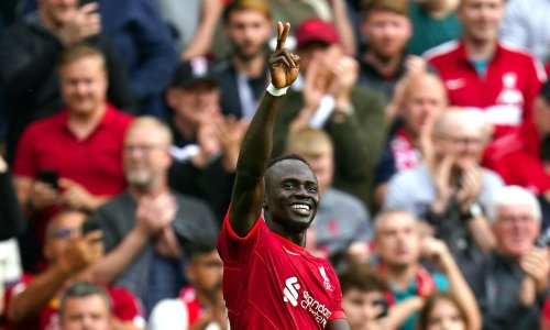 Sadio Mané brings up century in Liverpool win over Crystal Palace