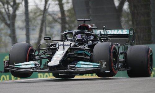 Lewis Hamilton edges out Sergio Pérez to take Emilia Romagna F1 GP pole