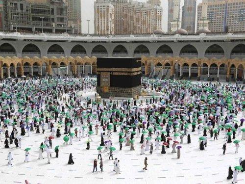 Saudi Arabia: Zamzam water containers return to Grand Mosque in Mecca