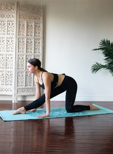 Tight Hamstrings? Stiff Hips? Time To Loosen Up With These 5 Stretches