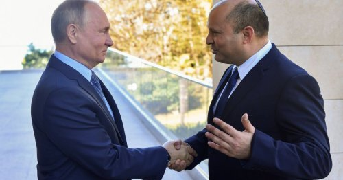 Bennett Approves Entry for Tourists Vaccinated With Russia's Sputnik V From November 15