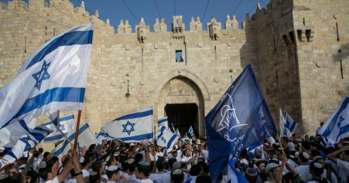 Mass Muslim Prayers and Jewish Flag March: Convergence of Events Will Put Jerusalem to the Test