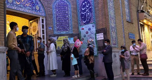 Iranians Vote in Election Marked by Low Turnout Following Disqualification Row