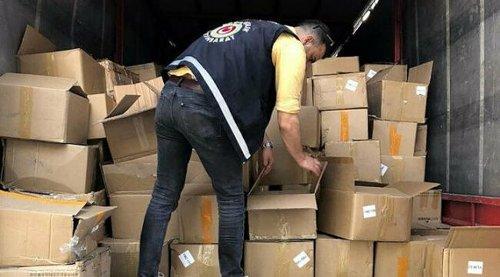 İzmir'de Bitcoin üretmeye yarayan 501 kaçak cihaz ele geçirildi