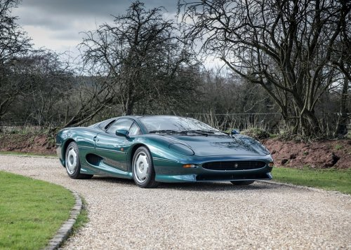 Big cat rescue: this recommissioned Jaguar XJ220 is up for auction