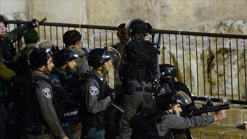 İsrail polisinden Filistinlilere ses bombalı müdahale