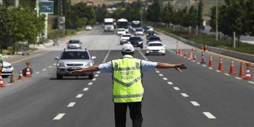 Pazar günü bazı yollar trafiğe kapatılacak