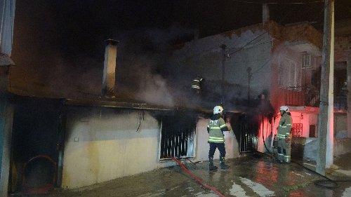 Babası uyurken evi ateşe verdi