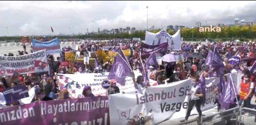 Binlerce kadın Maltepe'de buluştu: İstanbul Sözleşmesi'nden vazgeçmiyoruz