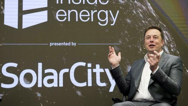 Elon Musk verteidigt Tesla-Übernahme von Solar-Anbieter