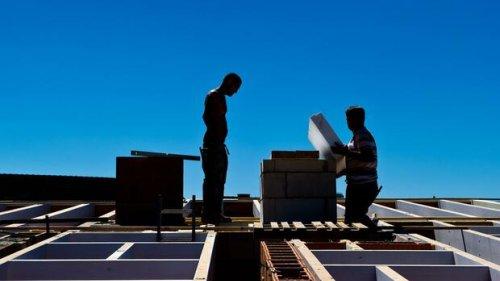 Immobilien: Wie Bauherren mit steigenden Materialpreisen umgehen können