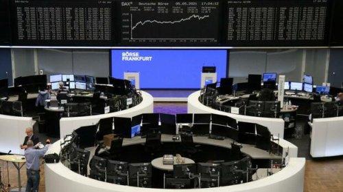 Unterbewertete Aktien: Diese drei Dax-Unternehmen sind an der Börse besonders günstig bewertet