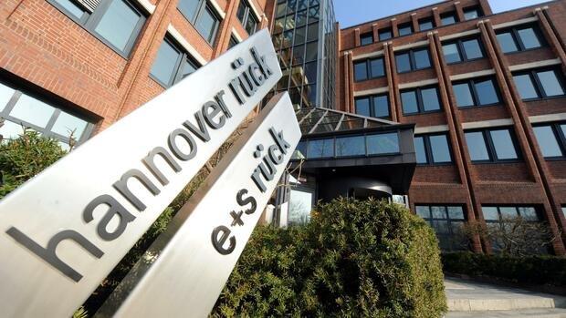 Rückversicherer Aktien: Einstiegschancen bei Munich Re & Co.