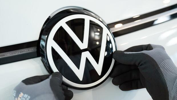 VW Digitalisierung: VWs Rückstand im Rennen um Digitalisierung