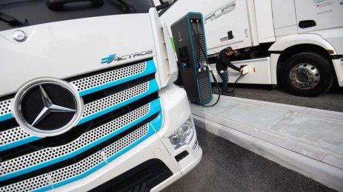 Daimler-Betriebsräte wollen Lkw-Motoren an Konkurrenten verkaufen