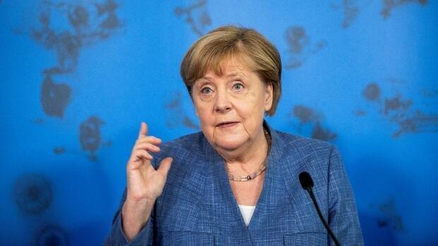 Corona: Merkel gegen Impfpflicht – Impfverweigerern drohen Kosten