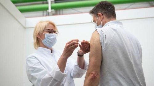 Biontech: Wann sie die dritte Corona-Impfung bekommen können