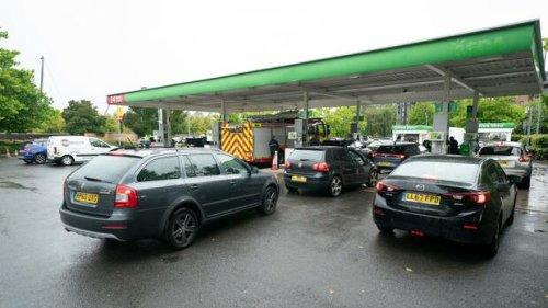 Großbritannien: Tankstellen geht das Benzin aus