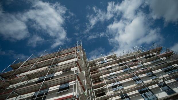 Steigende Bauzinsen: Wie Immobilienkäufer sich vor einer Zinsfalle schützen