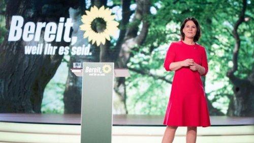 CO2-Steuer, höherer Steuersatz, Hartz-IV: Mit diesem Programm will Baerbock Kanzlerin werden