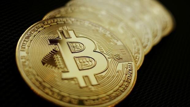 Nach Rutsch unter Marke von 30.000 Dollar: Gegenbewegung beim Bitcoin