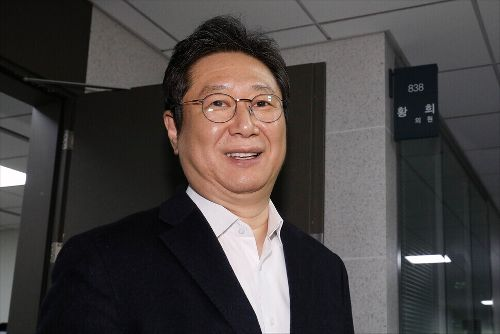 연세대, 황희 장관 논문표절 의혹 조사 착수