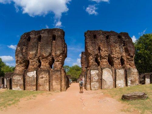 Polonnaruwa – Sri Lanka: as Ruínas de um passado poderoso