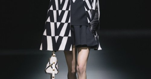 Der Minirock wird als Modetrend im Herbst erwachsen – und auch im nächsten Frühjahr eine Rolle spielen