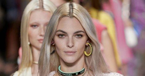 Platinblonde Haare werden laut Chanel im Herbst 2021 zum eleganten Trend-Look