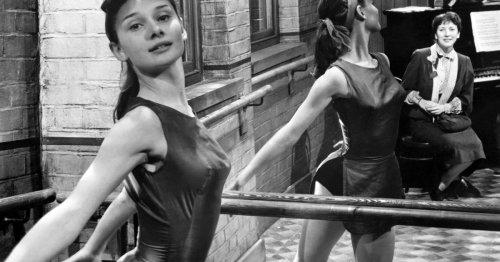 Abnehmen mit Barre Workout: 5 Übungen für zuhause – ohne Ballettstange