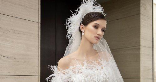 مجموعة إيلي صعب للعروس في ربيع 2022 لكل من تبحث عن إطلالات أنثوية فريدة