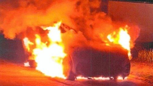 Auto brennt in Clausthal – Polizei geht von Brandstiftung aus