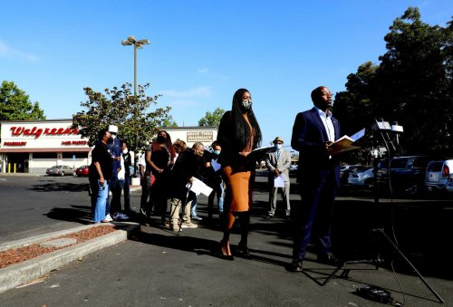 An East Oakland Walgreens' last stand gets personal