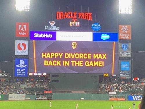 We spoke to Giants fan whose divorce was celebrated on jumbotron