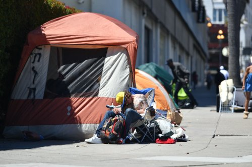 Opinion: Why past homelessness policies failed and what to do now