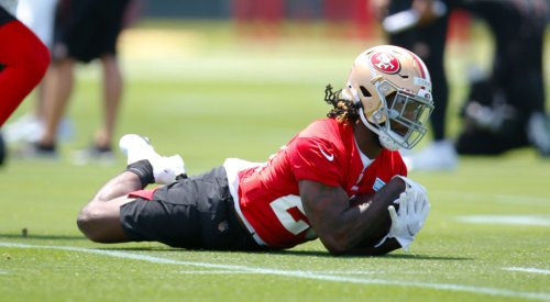 49ers running back fumbles, gets hurt on first carry of career