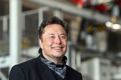 Forbes: Elon Musk is 'the richest person to ever walk the planet'