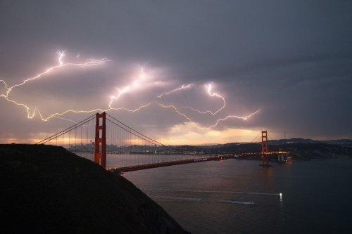 Here's when lightning is most likely to strike Bay Area next week