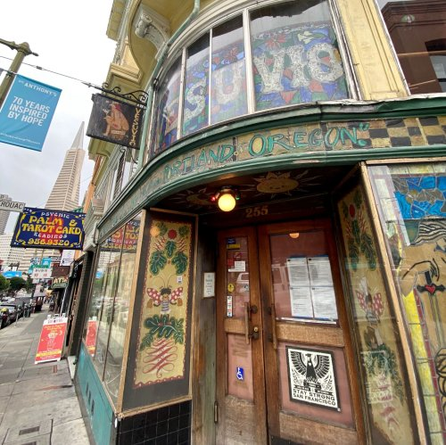 Over 500 SF bars announce policy requiring proof of vaccination