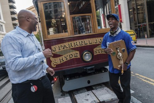 Beloved S.F. cable car gripman takes last bell-ringing trip after nearly 40 years riding city's hills