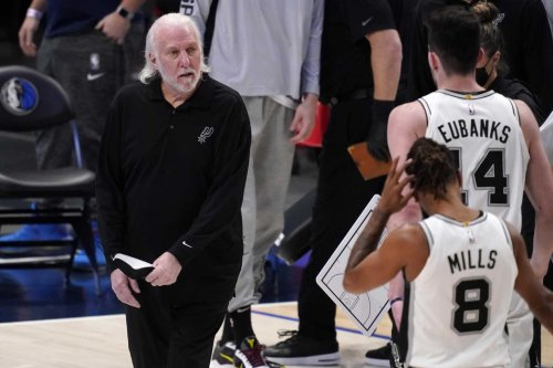 Gregg Popovich keeps heat on owners, others who support Trump