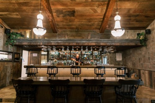 This Central Coast hotel embraces its Wild West roadhouse past