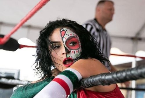 San Antonio's Thunder Rosa officially signs with All Elite Wrestling