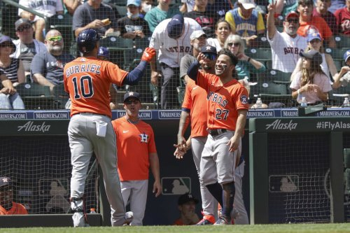 Astros cruise past Mariners amid more changes