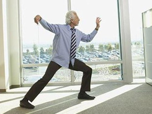 Tai Chi Equal to 'Regular' Exercise in Trimming Your Tummy
