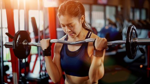 The Worst Mistakes Everyone Makes When Lifting Weights