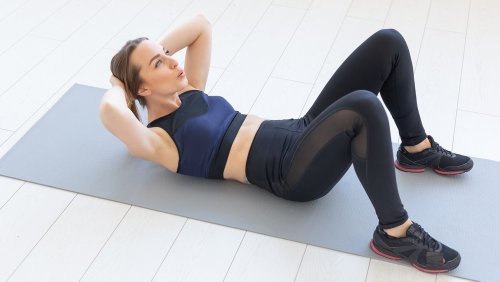 Planks Vs Crunches: Which One Is Better For Your Abs?